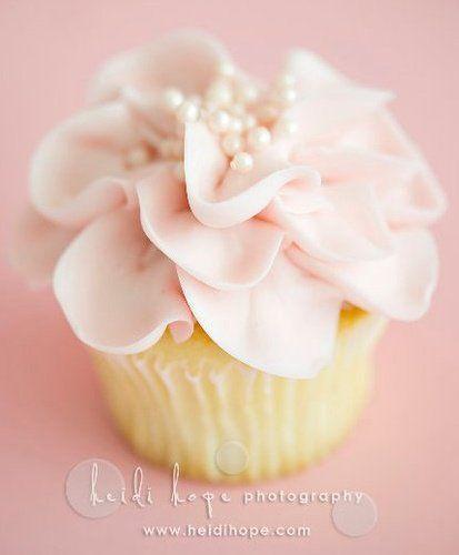 Elegant pink cupcakes