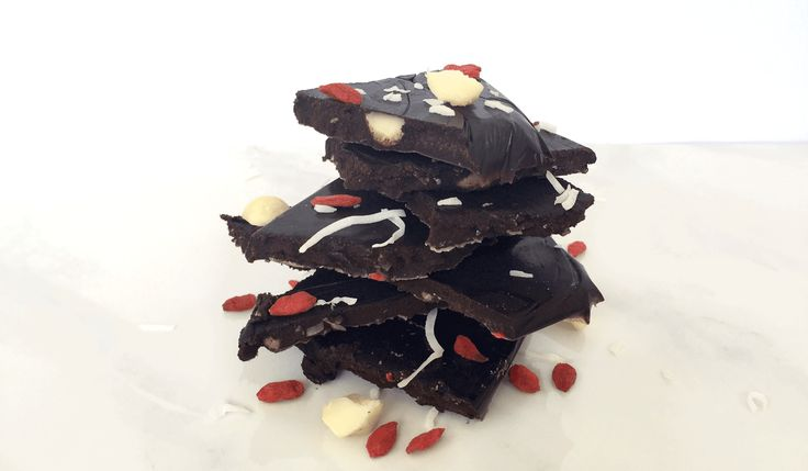 5 Minute Chocolate Bark Recipe. Instead of eating chocolate treats that are going to leave you feeling sluggish and unsatisfied try making your own chocolate which is free of nasties and excess sugar. This 5 Minute Chocolate Bark gives you a satisfying hit of chocolate packed full of essential fatty acids, magnesium, and antioxidants. 5...