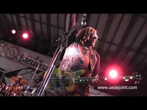 Stevie Salas & TM Stevens Live Jam - YouTube