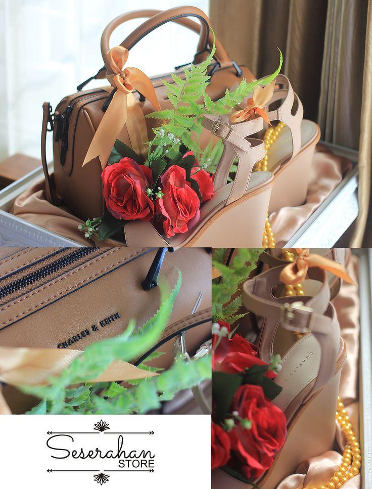 Contoh TRAY REGULAR (ukir putih) dg tema RED - ROMANCE  Selain sewa paket jumlah banyak bisa juga sewa satuan, tutup menggunakan bahan akrilik baik sewa paket maupun satuan mulai dari paket REGULAR, RUSTIC dan PREMIUM.