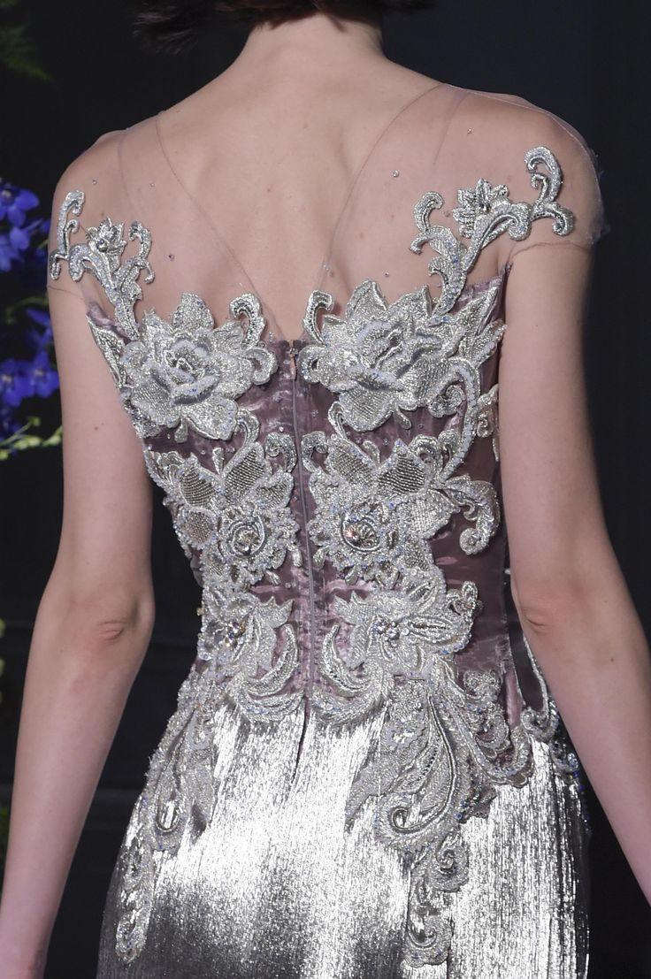 Défilé Guo Pei Automne-hiver 2017-2018 Haute couture - Madame...