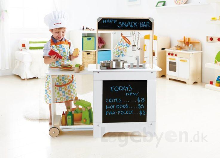 Køb Legekøkken - Cook N Serve Legekøkken fra Hape i træ - Hvid. online - Hape