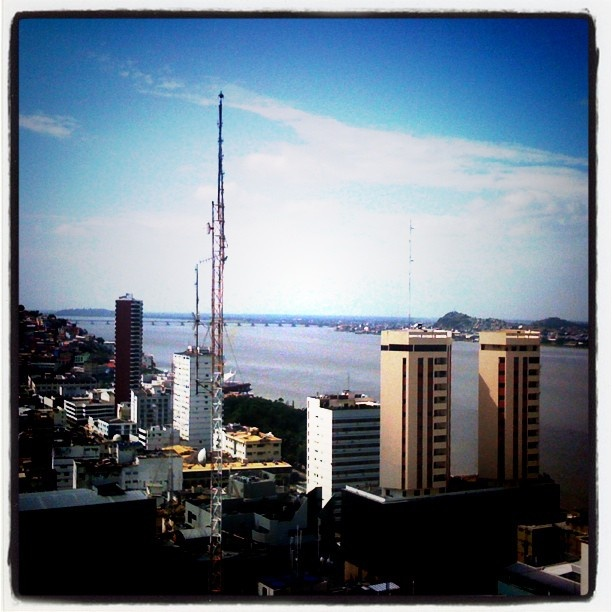#Guayaquil #centro #ciudad  #VivaGuayaquil #Ecuador #buildings #bridge #river #sky #clouds #city #trees