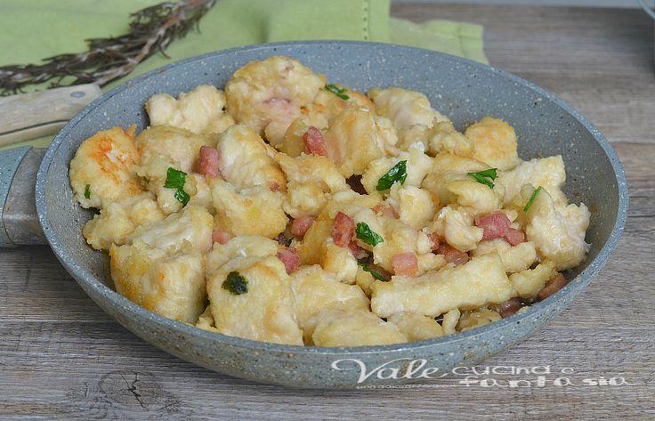 Bocconcini di petto di pollo e pancetta, un secondo piatto facile ed appetitoso, si prepara in pochi minuti ed è saporito e gusto, una ricetta economica