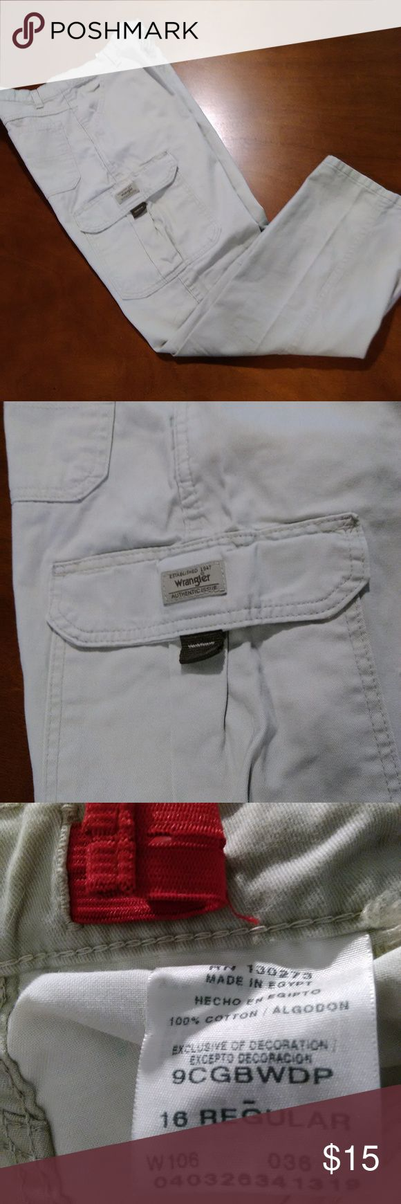 "Boy's Wrangler Khaki Cargo Pants Size 16R EUC nice cargo pants. Inseam 29"". Smoke free/ pet free Wrangler Bottoms Casual"