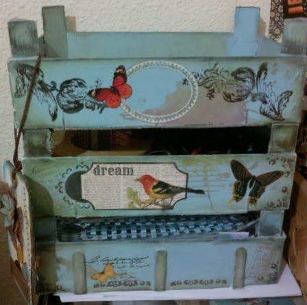 Sharonscrap: Tutorial Estantería- cajas de fresas recicladas.