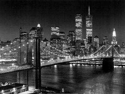 New York skyline with Brooklyn Bridge.