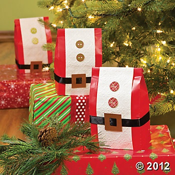 Santa Belt Favor Bags, Party Decoration and Favor Ideas, Party Themes & Events - Oriental Trading
