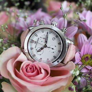 Sjöö Sandström Lady Extreme. #sjöösandström #sjoosandstrom  #watch #watches #watcheswoman #ladies #roses #floral
