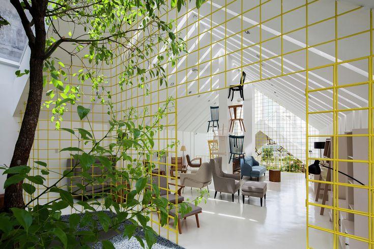 Thao Ho Home Furnishings / MW archstudio