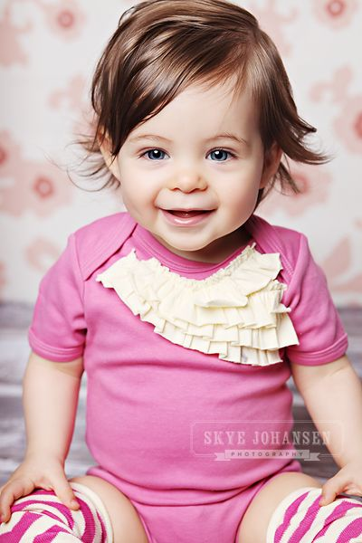 Hannah, is that you? ( Sara, don't you think this is what baby girl will look like?! )
