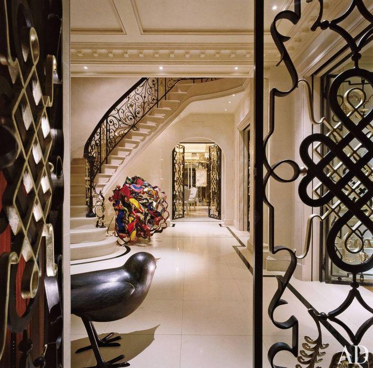 Traditional Entrance Hall by Geoffrey Bradfield Inc. in London, England