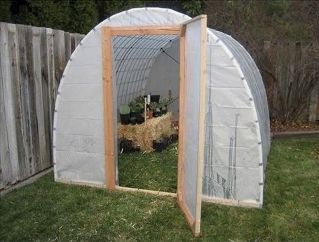 Build your own Greenhouse! Too cool! Definitely starting mine once the snow melts here!!!