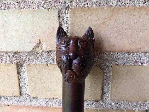 On #QUIRKYSUNDAY we bring you a cat head cane so you will never walk alone