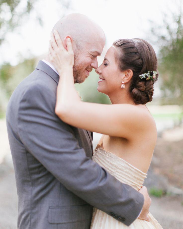 Penteados simples e modernos para noivas!