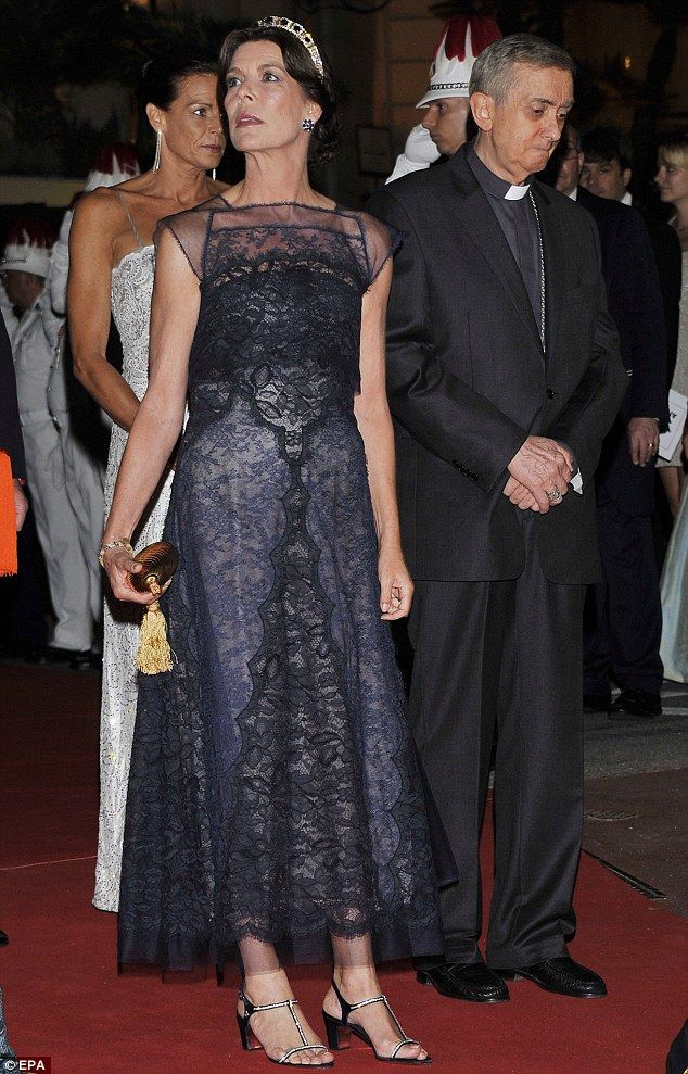 Nacy Lace Gown - Princess Caroline of Hanover. I do not like the length, however. It needed to be either shorter or longer.