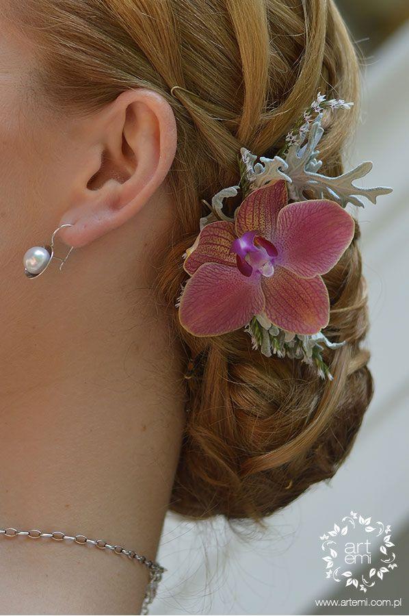 #kwiatywewlosach #stroik #bizuteriaflorystyczna #jewelery #flowerdesing #paramloda #pannamloda #bride #dekoracje #dekoracjeslubne #weddingdecorations #decorations #decor #weddingday #slub #artemi #artemipracowniaflorystyczna