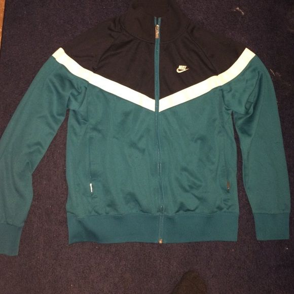 Men's Nike Sports Jacket black, real & white nike jacket. size Medium, fits a little small. A little worn but still in good condition. Line in fabric in the back Nike Jackets & Coats