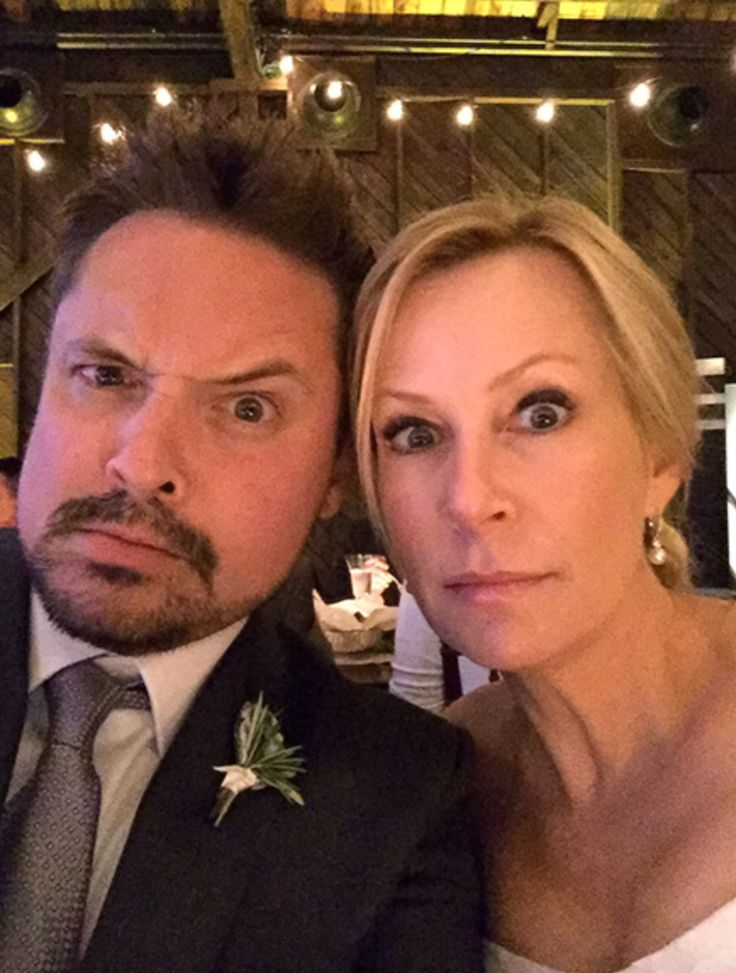 Boy Meets World  star, Will Friedle, is married! Yes, the dreamy older brother of Cory Matthews is off the market and my inner 90s girl is c...