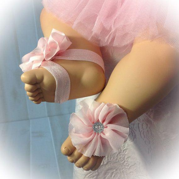 Bebé pies descalzos, sandalias de bailarina rosa, Gasa y sandalias