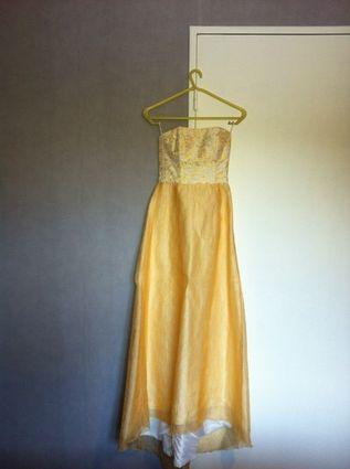 Robe de mariée doccasion jaune paille taille 34  Robes de mariée ...