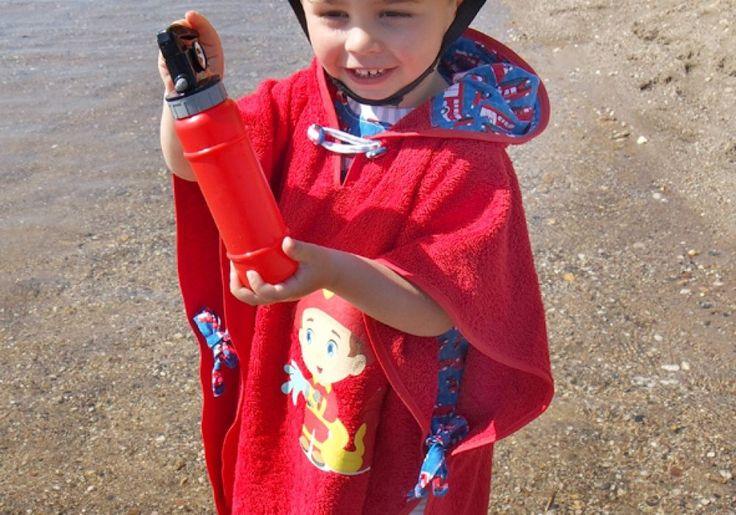 Sandra hat an der BERNINA Challenge teilgenommen. Gib Deine Stimme dem eingereichten Nähprojekt 'Feuerwehrmann Ben'. Jetzt selber mitmachen und 1 von 100 BERNINA 215 gewinnen auf challenge.bernina.com!