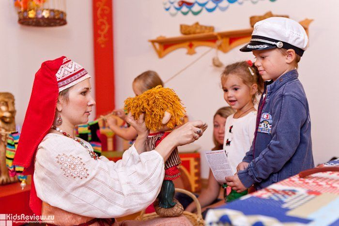 Things to Do with Kids in St. Petersburg: 10 Fun Ideas for a Winter or Summer Vacation in St. Petersburg, Russia
