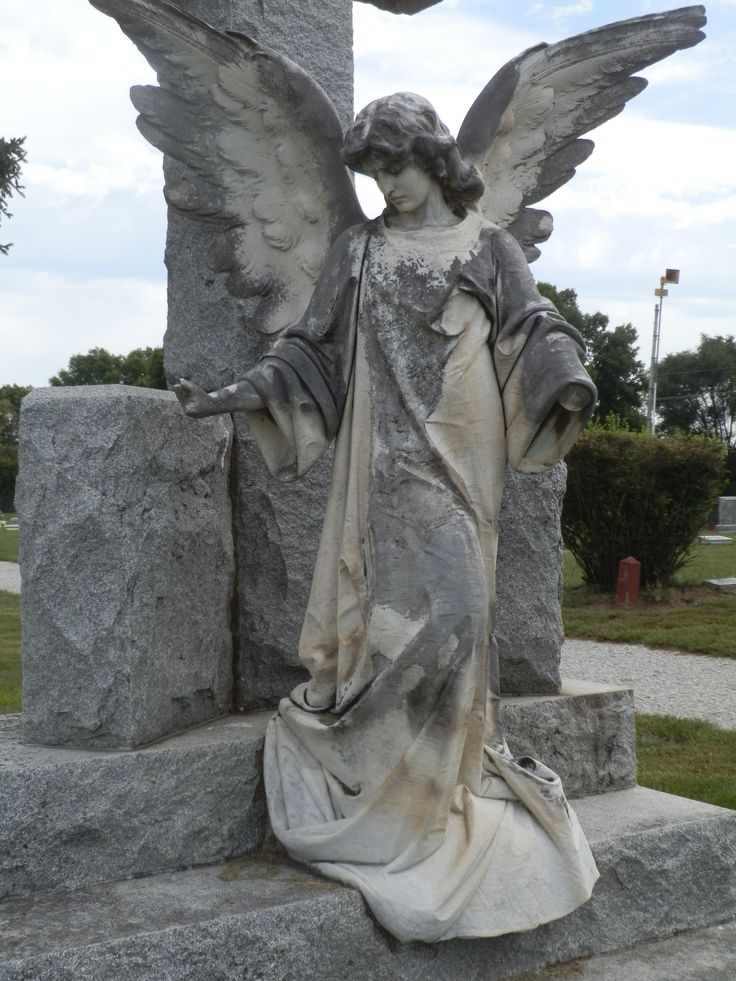 Angel at Holy Cross Catholic Cemetery in Blair, NE.