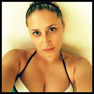 Bikini mania!