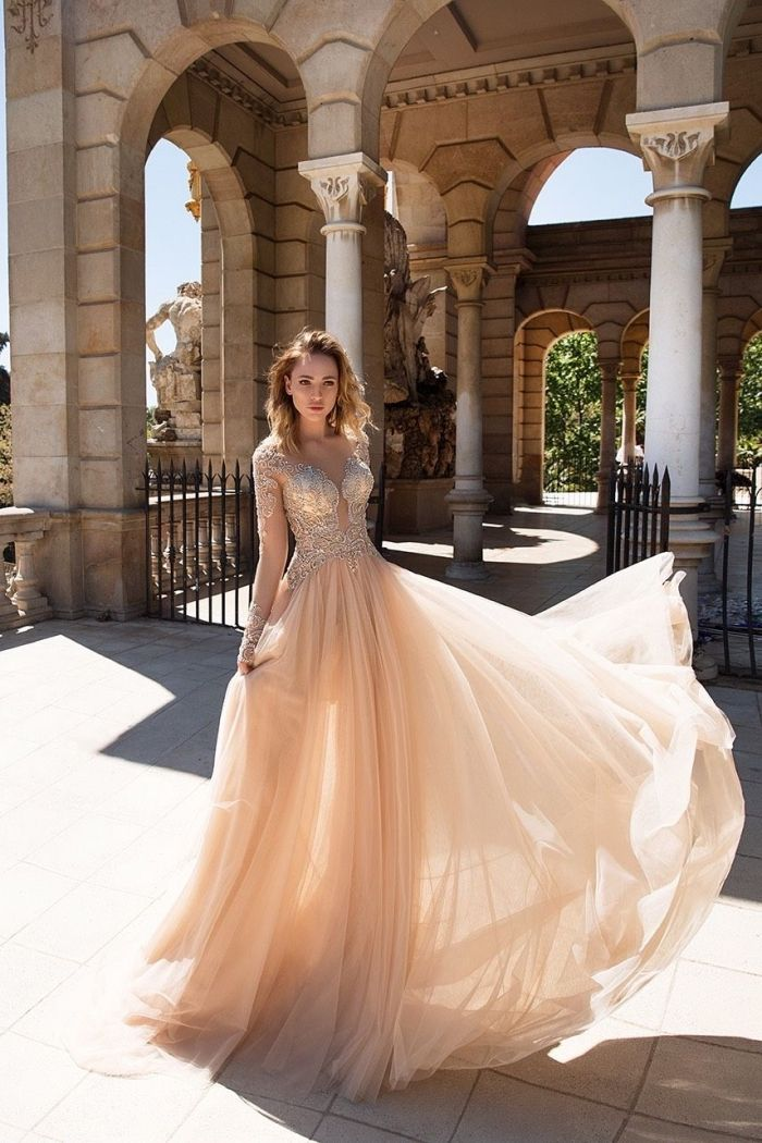 1001 Modeles De Robe De Soiree Chic Et Glamour Modele Robe De Soiree Robe De Soiree Chic Idees Vestimentaires