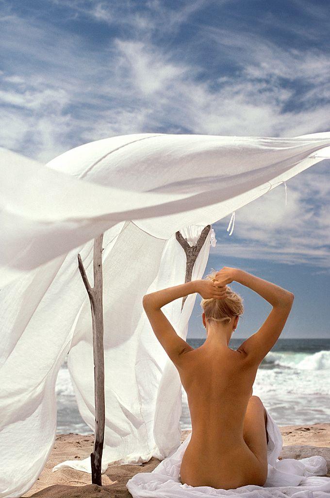 ambergris caye nude photo