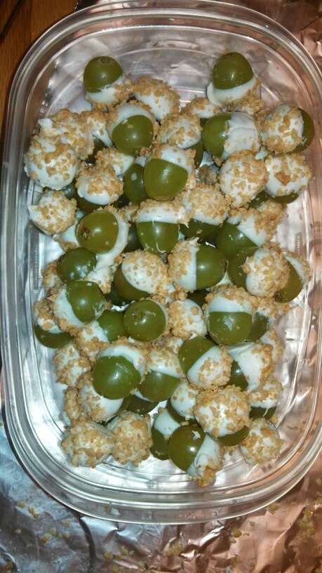Grapes dipped in white chocolate with honey roasted nuts on top. Tastes like a taffy apple!! So easy to make too!