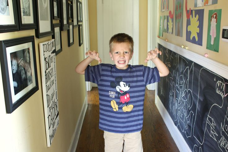 Creating a chalkboard hallway for the kids