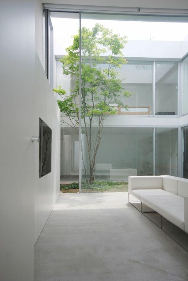 Modern minimalistic Japanese architecture     http://shinichiogawa.com/