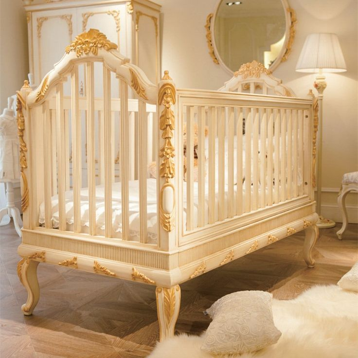 Luxury Wooden Baby Crib Royal Golden Hand Carving Ber 231 O