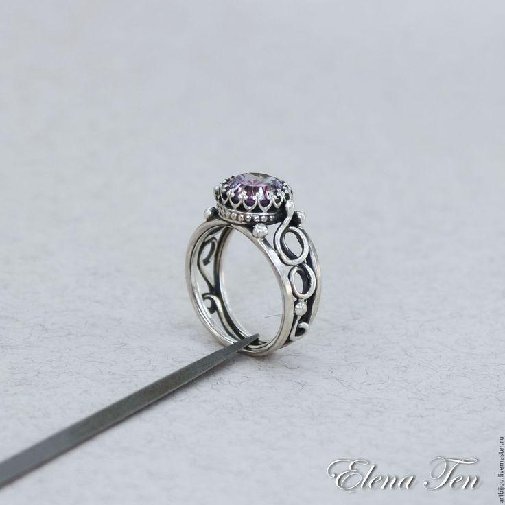 """Купить Серебряное кольцо с фианитом """"Пастель"""" мужское кольцо серебро - комбинированный, многоцветный"""