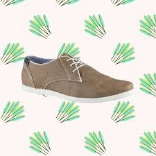 Top 10 Casual Sneakers          http://youtu.be/fapg2zgNaPY        Check out our top ten casual sneakers pick!