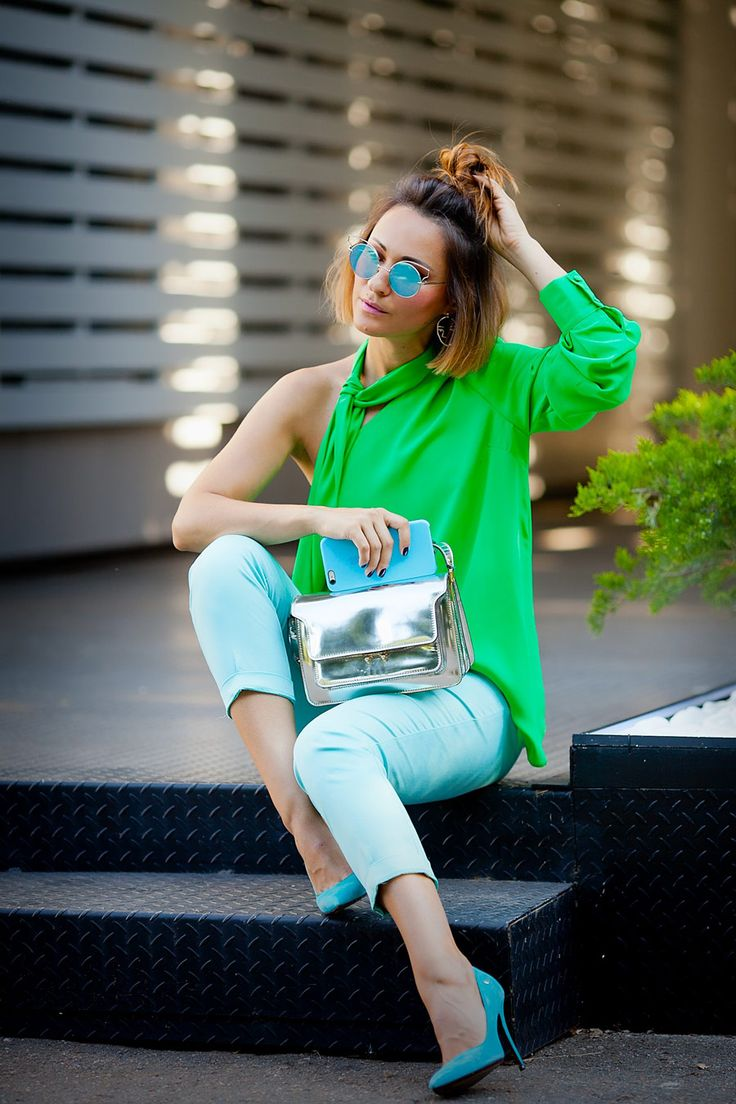 how to wear green in fashion | Ellena Galant Girl | summer street styles | color block | color blocking