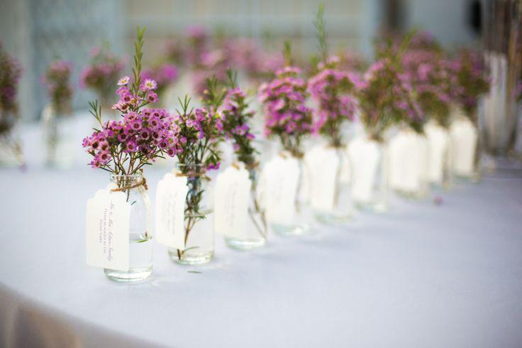 Jardins para casamento: Inclua as flores em todos os aspectos da decoração. Inclusive nas lembrancinhas!