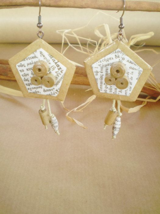 Old Paper Earrings Book Pages Earrings Dangle Eco Friendly Ready to ship FREE SHIPPING / Σκουλαρίκια από παλιό χαρτί 21$