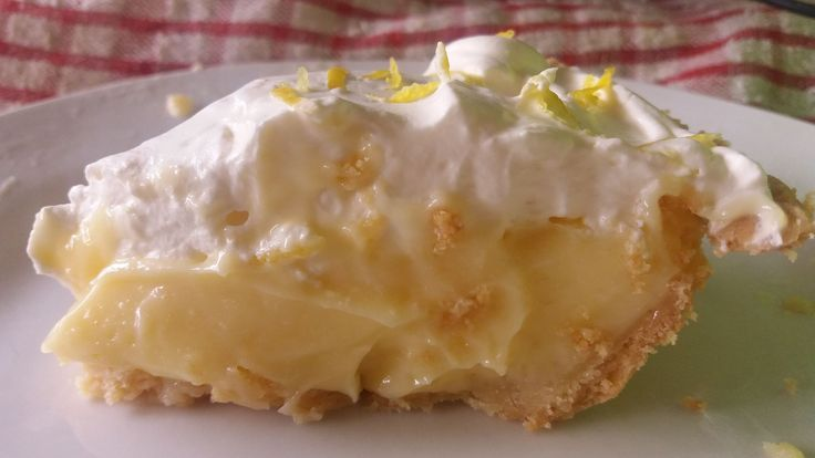 Lemon Cream Tart - Most Divine You will Ever eat in your LIFE! It's a Winner! Choice of 2 pastry crusts - 1 baked or 1 instant With very quick microwave lemon curd filling!