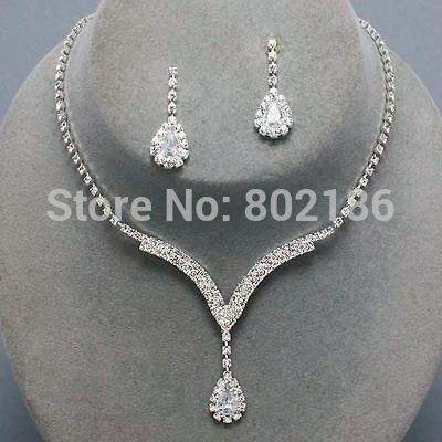 Cheap jewelry wedding dress, Buy Quality jewelry pandora directly from China wedding jewelry box Suppliers:           Celebrity Inspired Crystal Clear Rhinestone Necklace Set Earrings Factory Price Wedding Bridal Bridesmaid Jewe