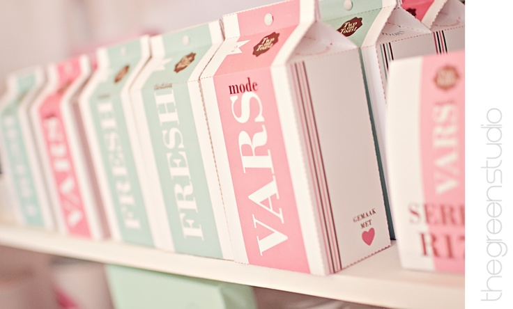 Fresh in mint and pink at KAMERS Bloemfontein, photographed by @Ria Green via @The Pretty Blog