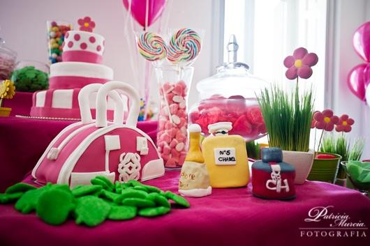 Decoracion Bautizo En Jardin ~ Pin Tartas De Chucherias Para Fiestas Tarta Bodas 5 Pisos on Pinterest