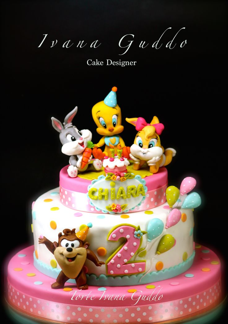Baby Looney Tunes birthday cake