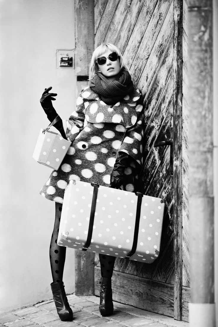 Puntíky jsou věčným evergreenem, a to jak v módě, tak v interiéru. Buďte originální! Dots are evergreen in fashion and interier as well. Be individualistic!