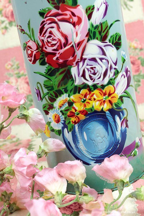 Vintage Home - Beautiful Vintage Roses Thermos Flask: www.vintage-home.co.uk