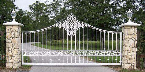 17 Best Ideas About Metal Driveway Gates On Pinterest