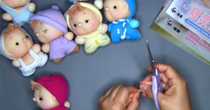 Roztomilé bábiky z ponožiek dokážete vyrobiť aj vlastnoručne. S týmto DIY návodom to zvládne každý! Urob si sám handmade ručne šité hračky pre deti