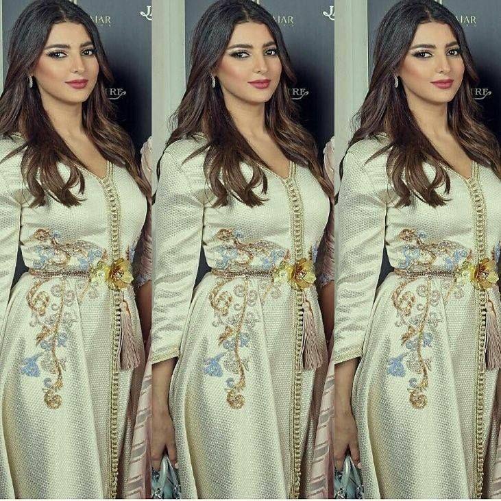 Boutique caftan Marocain de luxe expert en vente caftan 2015 en ligne takchita haute couture pas cher , caftan mariage moderne et traditionnel